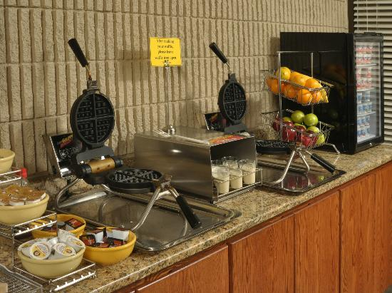Best Western Plus University Inn : Complimentary Hot Guest Breakfast (served 6am-9am daily)