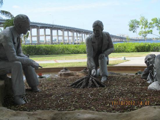 Centennial Park: Statue of Ford, Edison & Firestone