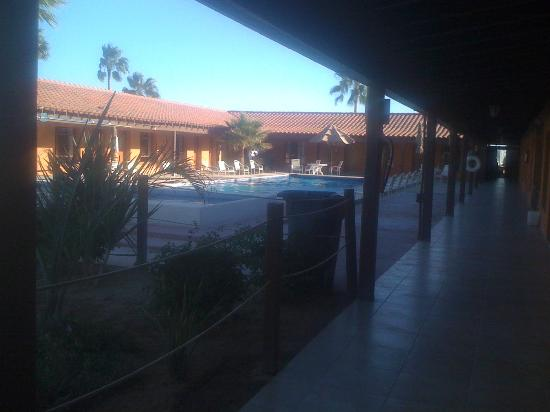 Hotel Riviera Coral: vista desde el pasillo de las habitaciones