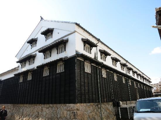 Hacchomisonosato (Kakukyu) : 本社・蔵/明治40年に建てられたそうです
