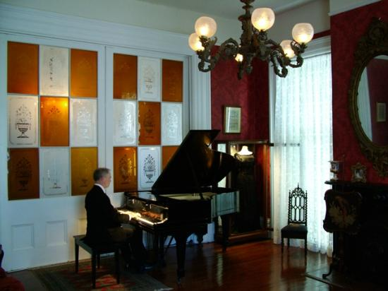Stone House Musical B&B: Professional Classical Piano Concert Performed on Steinway.
