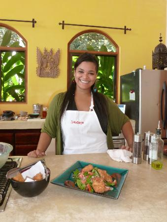 Anamaya Resort & Retreat Center: Natie with her chef d'oeuvre