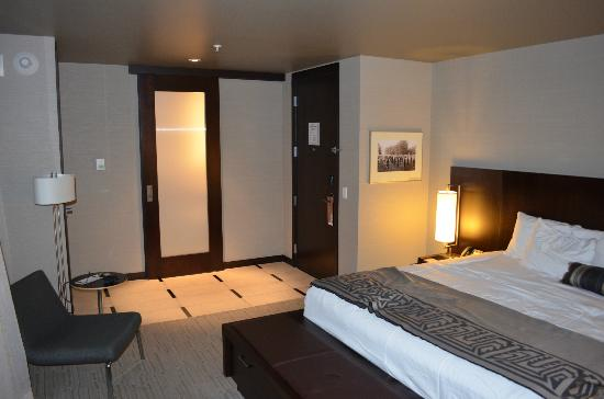 Talking Stick Resort: Room