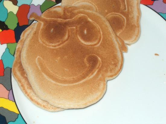 The Pirate Haus Inn: pirate pancakes