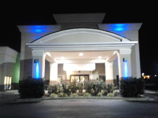 Hotel Front Entrance Nighttime