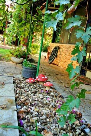 Arbel Guest House Shavit Family: Entrance to restaurant
