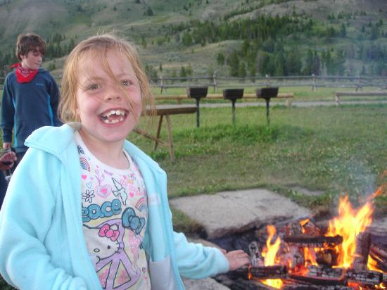 Nine Quarter Circle Ranch: Campfire and marshmallow roast