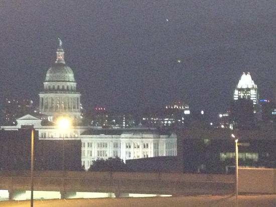 Hampton Inn & Suites Austin at The University/Capitol: Great view from 6th floor