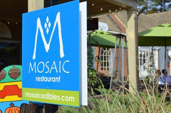 MOSAIC Restaurant Richmond: Now- MOSAIC restaurant....Cafe no more!