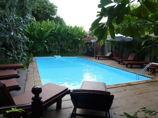 Shewe Wana Suite Resort: Main pool
