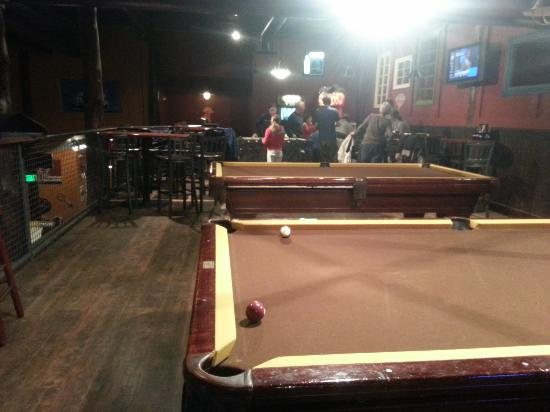 The Library Sports Grille & Brewery : game room upstairs