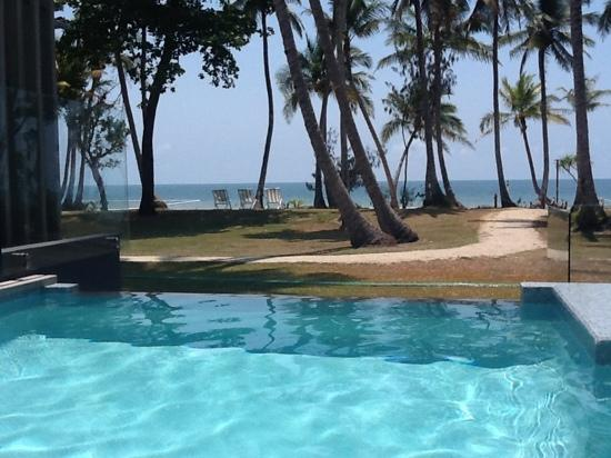 Castaways Resort & Spa Mission Beach: view from the recreational pool