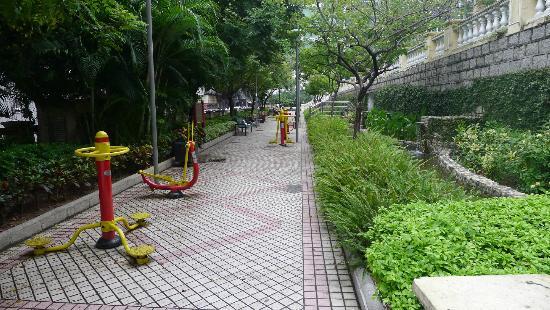 Jardim de Vasco da Gama - lower level
