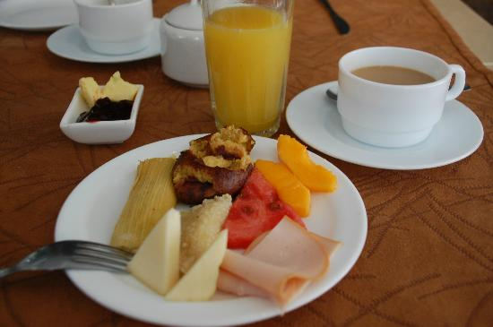 Anahi Boutique Hotel: Some breakfast selections