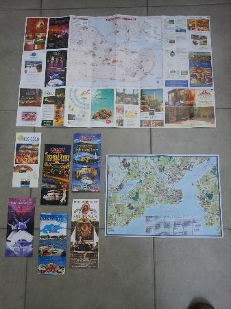 Noahs Ark Hotel Istanbul: Maps and leaflets we got from the hotel