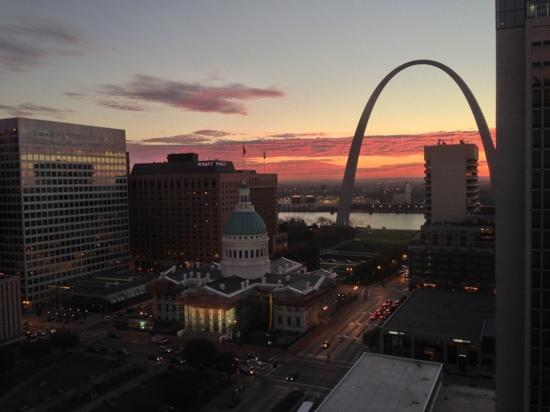 Hilton St. Louis at the Ballpark: morning from my room