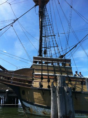 Plymouth Cruises aboard Lobster Tales: Get very close to the Mayflower