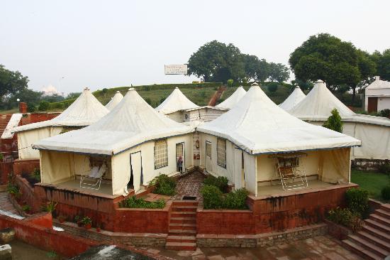 Hotel Taj Khema: swiss tent view