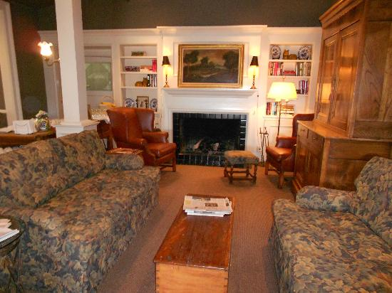 The Upham Hotel & Country House: Living room