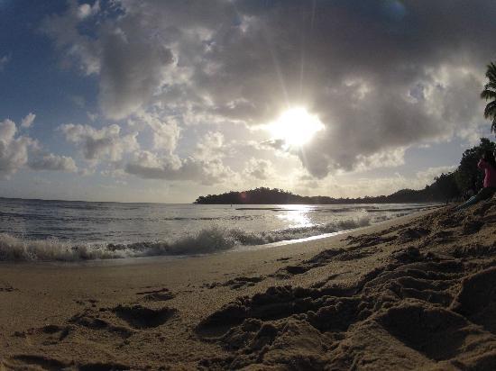 Kewarra Beach Resort & Spa: Solar Eclipse over the Coral Sea, 14th November 2012