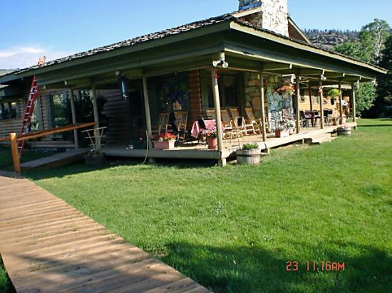 Boulder Lake Lodge Front Door
