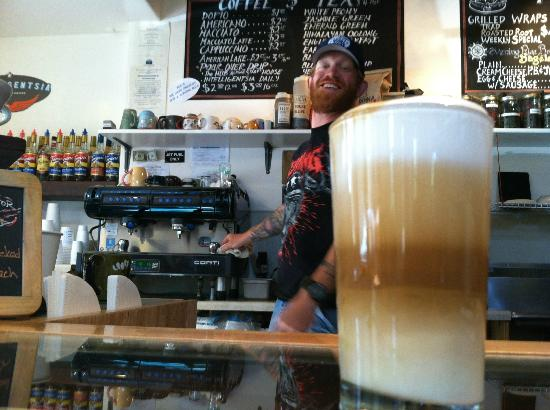 The HUB Mountain House: Great coffee and service