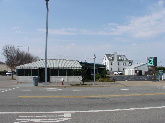 The Raven Restaurant Virginia Beach