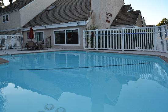 Residence Inn San Francisco Airport/San Mateo: Swimming Pool