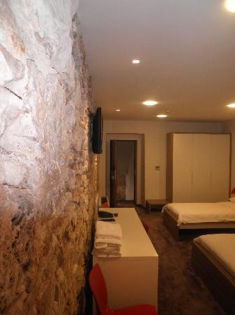 Hotel Slavija: Family room