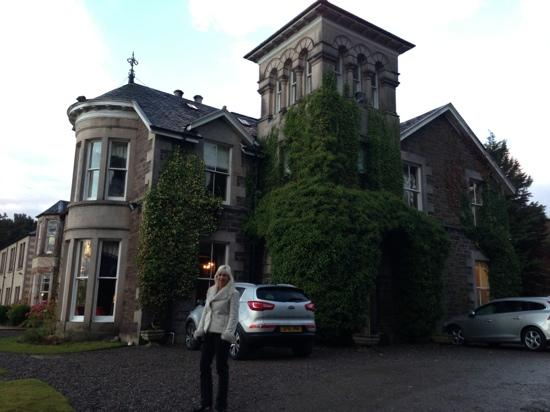 Loch Ness Country House Hotel at Dunain Park: front of hotel