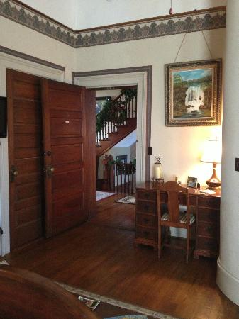 The Reynolds Mansion: View of hallway from room (Linda).