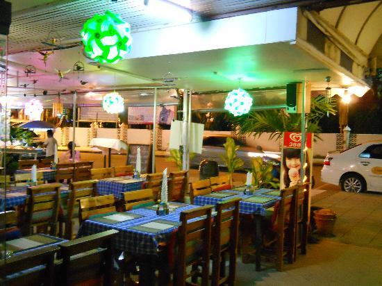 เดอะมิโนเทล: Restaurant