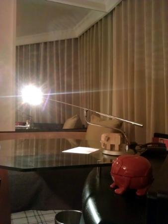 جراند حياة إيراوان بانكوك: Grand Hyatt Erawan Guestroom