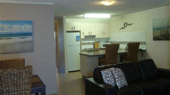 Burleigh Palms Holiday Apartments: Ground floor 2 bedroo apartment