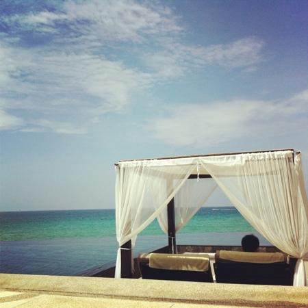 The Shore at Katathani: hotel infinity pool and private sun deck