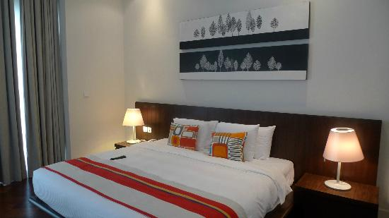Lone Pine Hotel: The bed was comfortable to sleep in