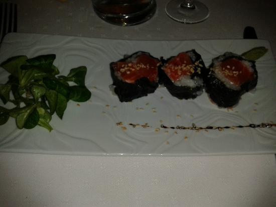 La belle Etoile: maki de saumon fumé, délicieux....