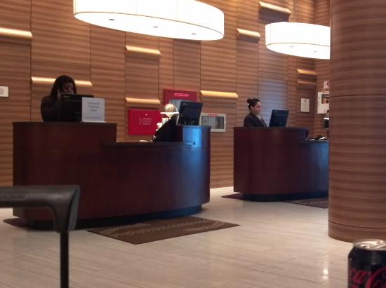 Sheraton Tribeca New York Hotel: Front Office