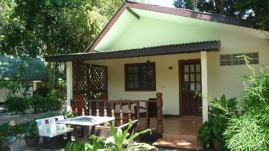 Harry's Bungalows & Restaurant: bungalow