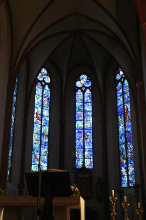 Walking Mainz: Chagall windows
