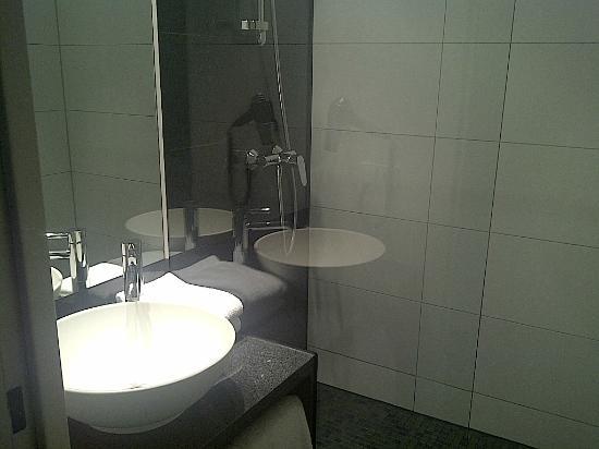 Motel One Munchen-Garching: bagno