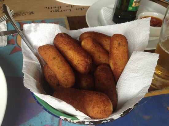 Restaurante Virada's do Largo: bolinho de aipim com queijo!!!