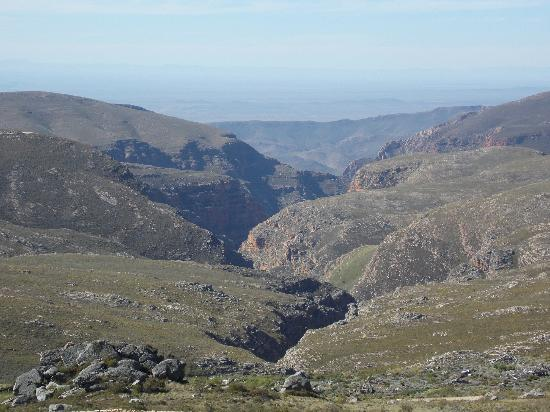 Rolbaken Country Guesthouse & Cape Mountain Zebra Reserve : View from Swartbergpas
