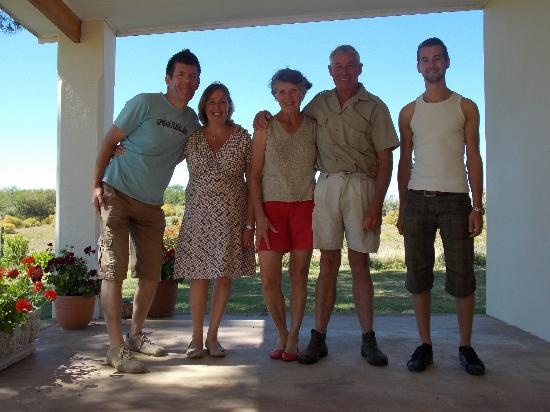 Rolbaken Country Guesthouse & Cape Mountain Zebra Reserve : Ourselves with Dick&Mary