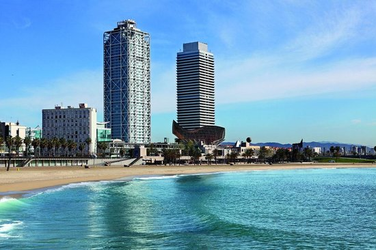 ‪هوتل آرتس برشلونة: Discover a luxury hotel on the Mediterranean in Barcelona, one of Europe's most dynamic cities‬