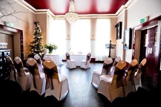 The Kings Oak Hotel Lounge Ceremony