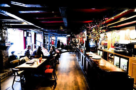The Kings Oak Hotel Gastro Pub