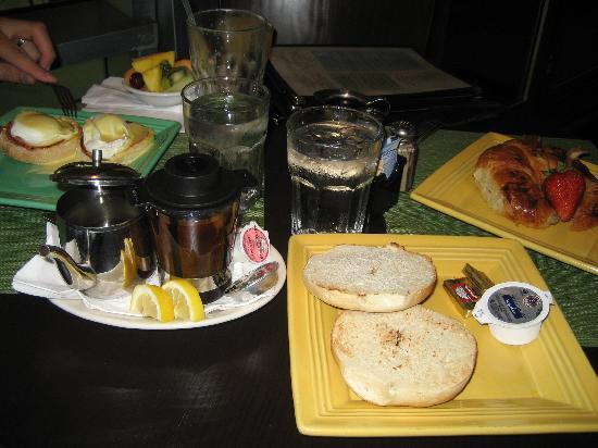 Z Ocean Hotel South Beach : Petit déjeuné Front porche café
