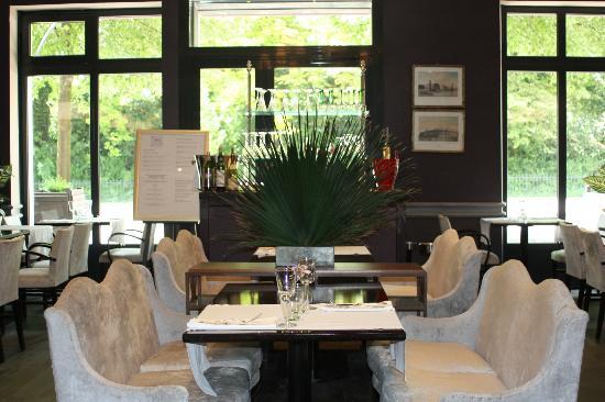 Le Spark: salle de restaurant