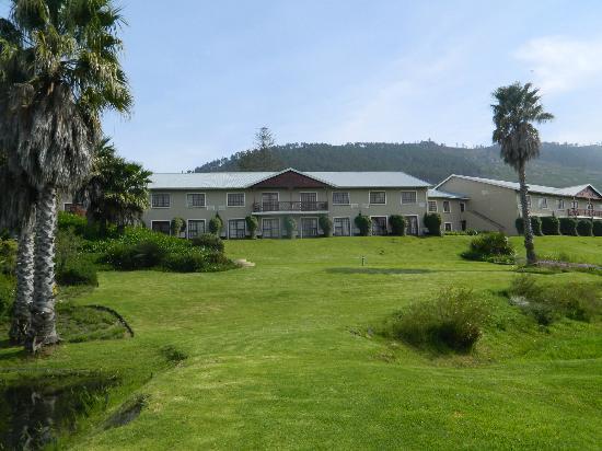 Caledon Hotel, Spa, Casino: Exterior